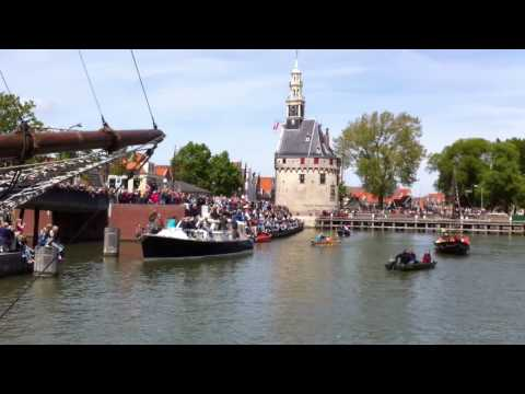 Half Moon from New York to historic Hoorn ~ Halve Maen