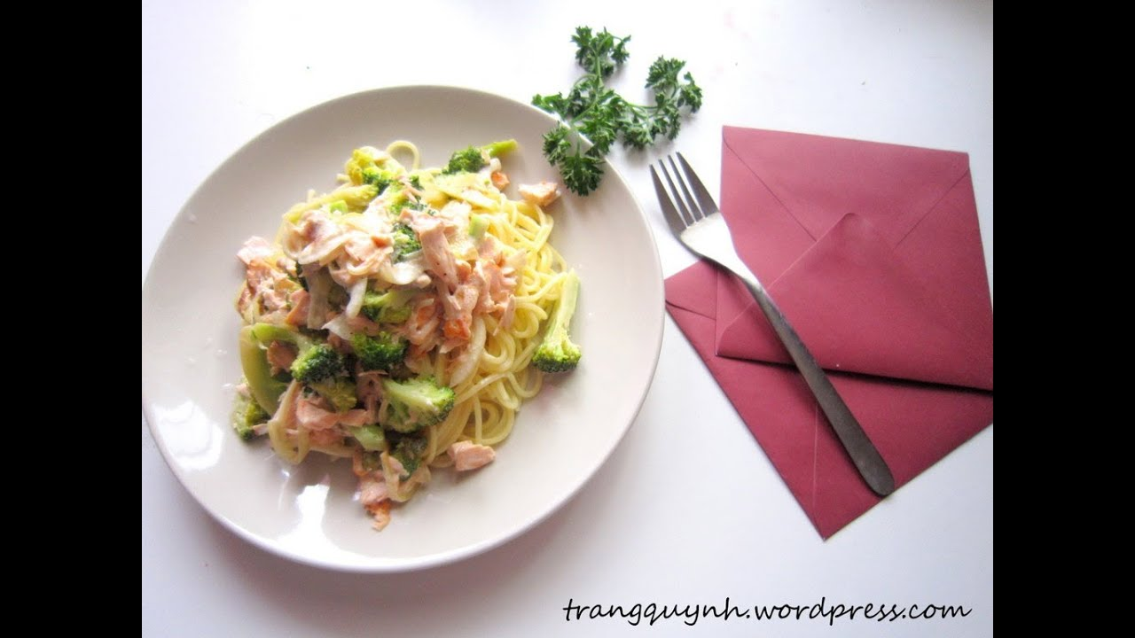 My Y Sot Kem Ca Hoi Creamy Salmon And Broccoli Pasta Episode 36 Taste From Home Youtube