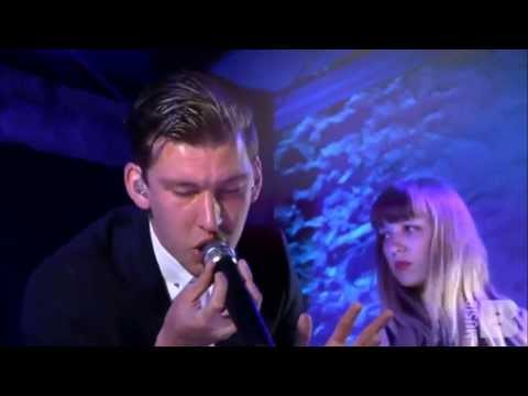 Willy Moon - Shakin'  [Live At The Launch Pad  Read]