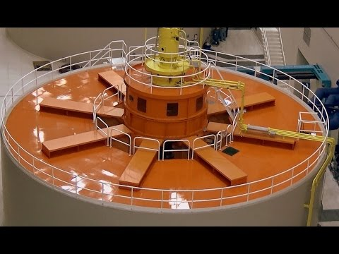 Ranger Led Tour Of Turbine Room Of Bonneville Dam On The Columbia River (9 Clips)
