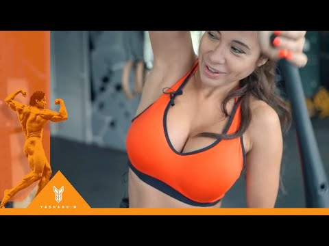 Победительница бикини Optimum Fitness Camp 2019 в Анапе