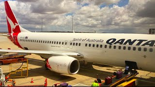 New Qantas 737-800 Economy Class Flight Report - Sydney to Melbourne