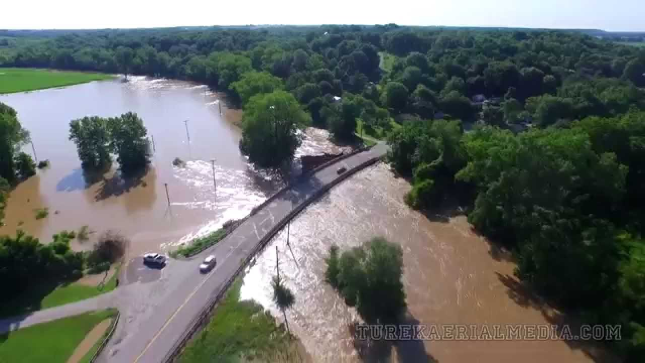 Aerial Video of Flash Flooding in Quincy, IL | St  Anthonys Road and Hwy 57  near Marblehead, IL