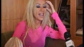 Baixar Christina Aguilera interview on Juice TV