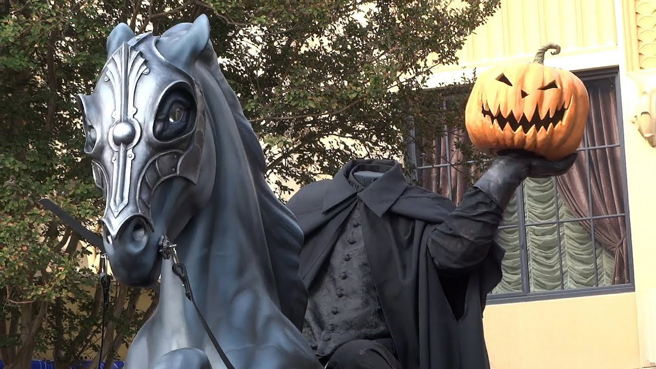 VIDEOS Halloween Time es to Disney California Adventure