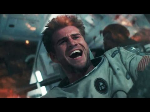 The Independence Day: Resurgence Spaceship Has Its Own Gravity.