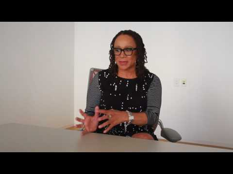 S. Epatha Merkerson on moving to Chicago