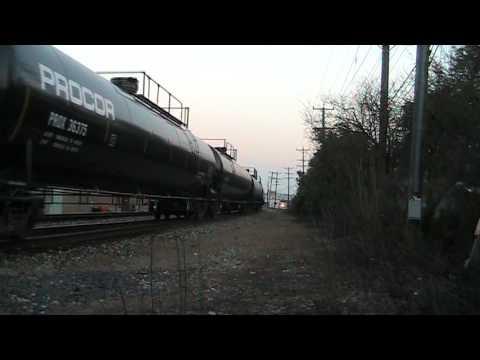CSX Train Q322 @ Plymouth, Michigan