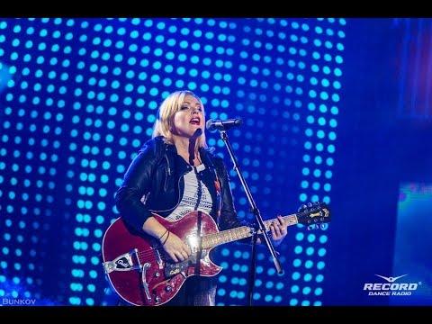 Яна - Одинокий голубь 21.11.2015 Супердискотека 90-х Санкт-Петербург СКК