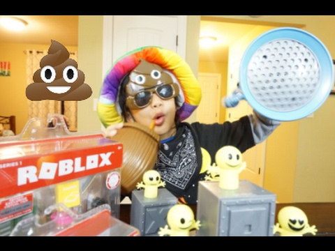 Roblox Toys Unboxing And Redeeming Codes Doovi