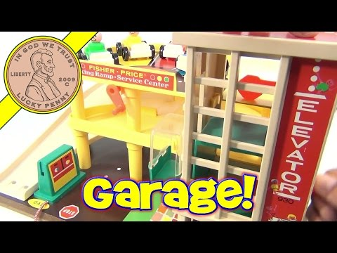 Fisher-Price Vintage Play Family Action Garage Playset #930 From 1970