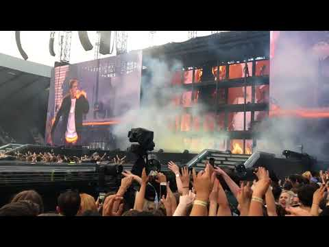 Beyonce Jay Z On The Run 2 - Dirt Of Your Shoulders / On To The Next One  09/06/2018