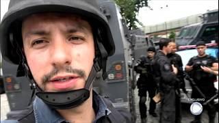 Policial é baleado enquanto equipe do Câmera Record acompanha operação em favela