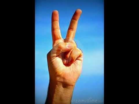 Stomae - Peace or Violence.(klaus glauber)