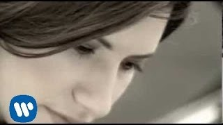 Watch Laura Pausini Inesquecivel video