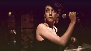 Nina y el Lobo - It's You (P.J. Harvey) .wmv