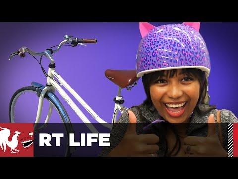 Burnie Teaches Mica to Ride a Bike - RT Life