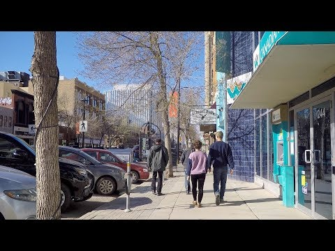 Walking in Downtown Saskatoon Canada. Life in Saskatchewan's Largest City.
