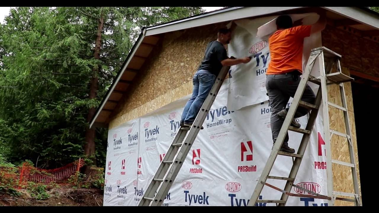 how to install tyvek house wrap 20 doing it dan 39 s way youtube. Black Bedroom Furniture Sets. Home Design Ideas