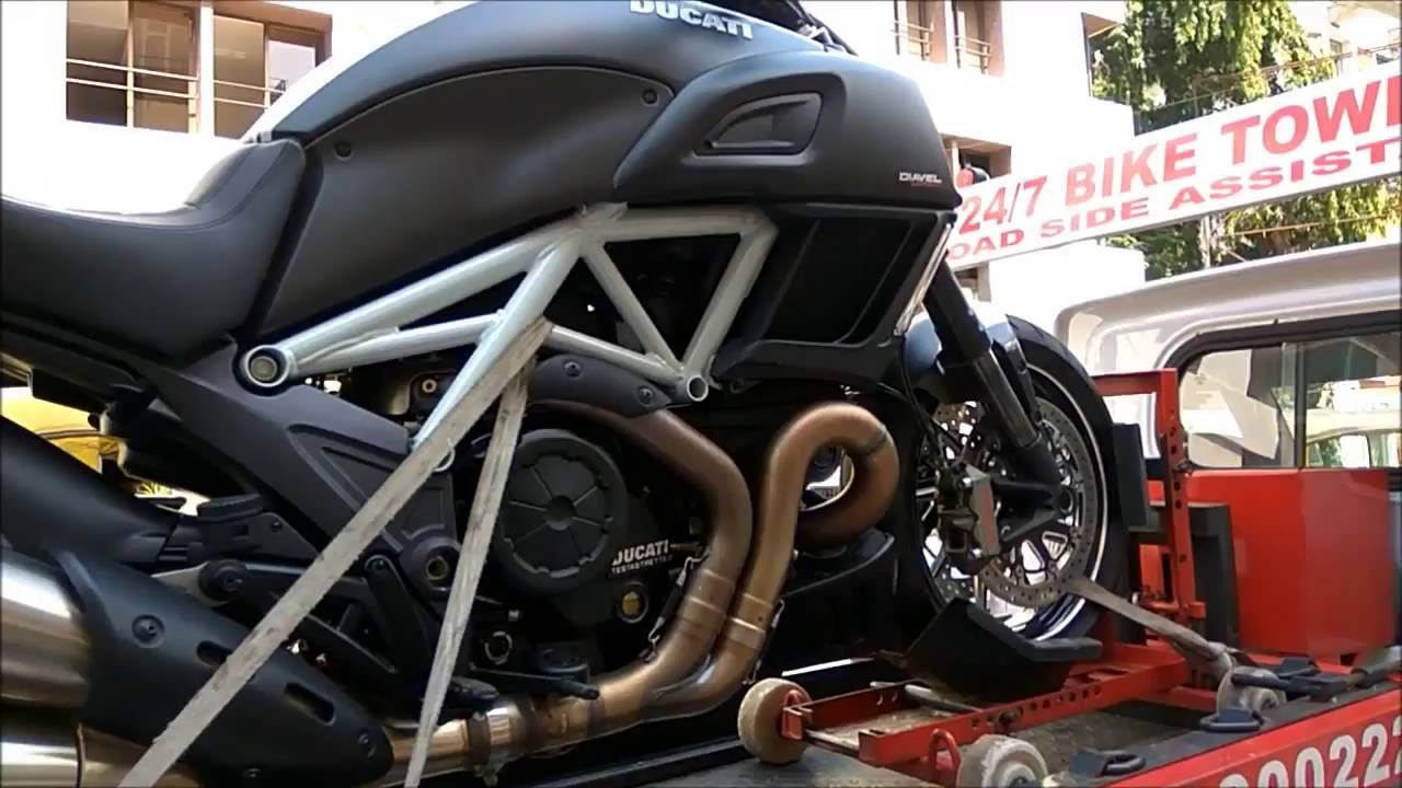 Ducati Diavel Spoted Bangalore Price Starts From 14 81 000 Youtube