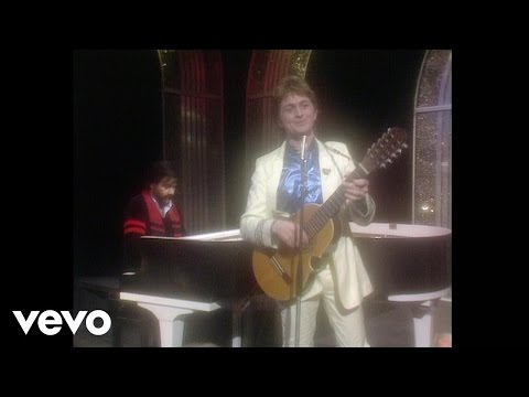 Jon & Vangelis - I'll Find My Way Home (Live on Top Of The Pops, 1982)