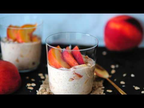 Breakfast Recipe: Peach Pie Overnight Oats by Everyday Gourmet with Blakely