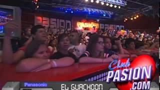 El guachoon en vivo en Pasion de sabado Panasonic 25 10 2014