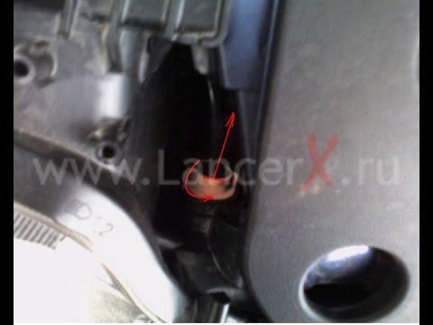 замена лампочки указателя поворота на мицубиси лансер 10 ...
