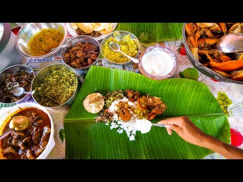 Sri Lankan Tamil Food - BANANA LEAF MEAL And Lagoon Crabs In Trincomalee, Sri Lanka