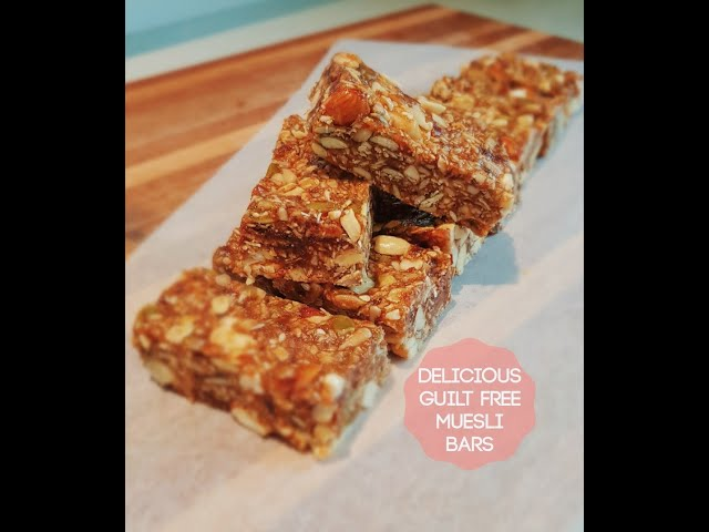 The MOST DELICIOUS & Sweet Healthy Homemade Muesli Bars - Refined sugar free!