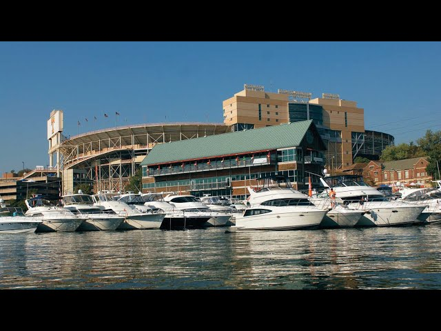 Tennessee bans on campus tailgating and cuts capacity at Neyland Stadium