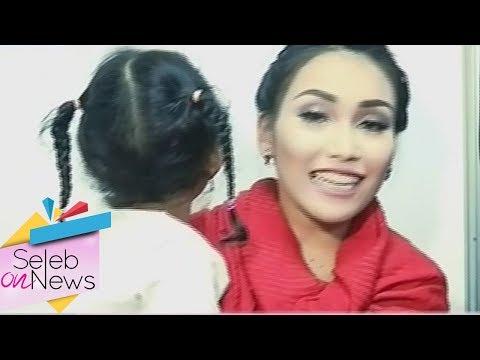 Ayu Ting Ting Goyang Gemu Famire  - Seleb On News (12/10)
