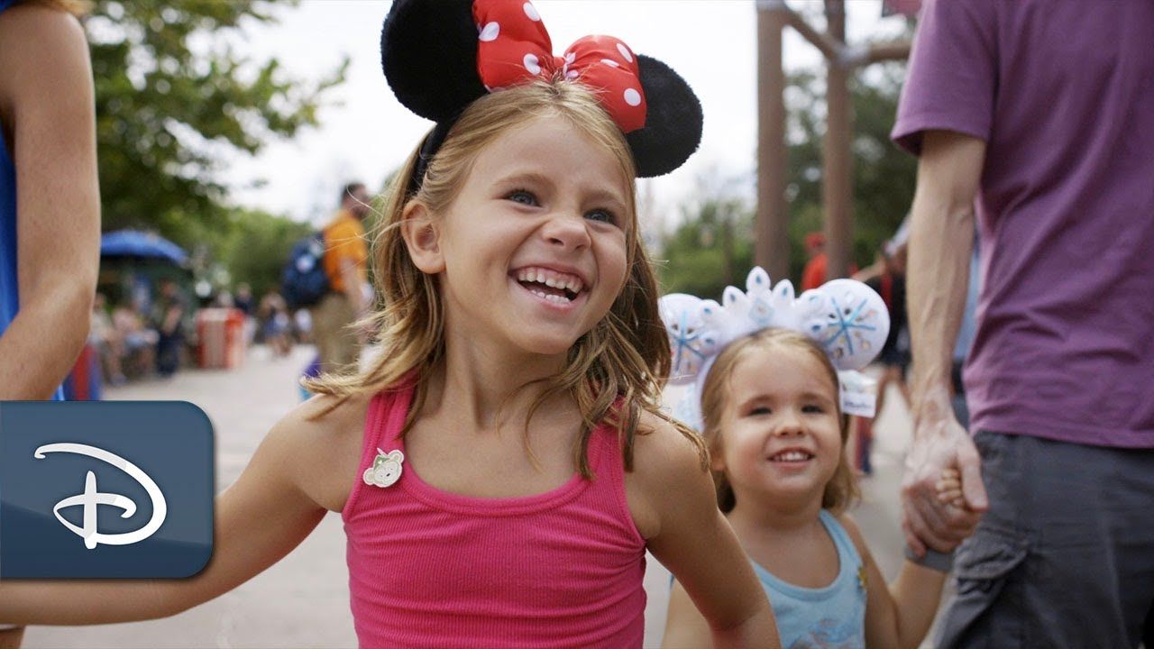 A Special Moment to Celebrate International Day of Sign Languages | Walt Disney World Resort