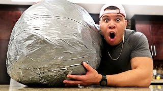 10,000 LAYERS OF DUCT TAPE BALL (200+ LBS WORLD RECORD)