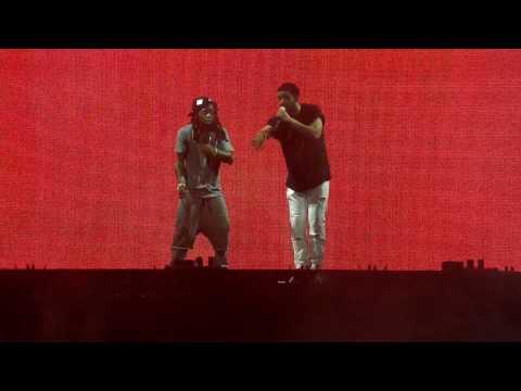 Drake Vs Lil Wayne - Bitch Who Do You Love