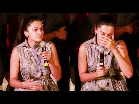 Emotional Taapsee Pannu CRIES At Pink Movie's Success Press Meet