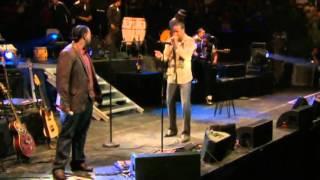 Aventura Feat  Don Omar   Ella Y Yo en concierto