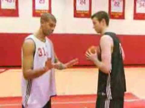 Shane Battier-Fundamentals on taking a charge