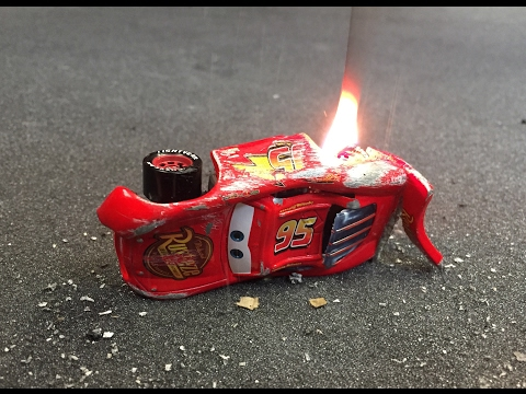 Thumbnail: Cars 3 Lightning Mcqueen CRASH SCENE FIRE MOVIE next generation piston cup racers new diecast pixar