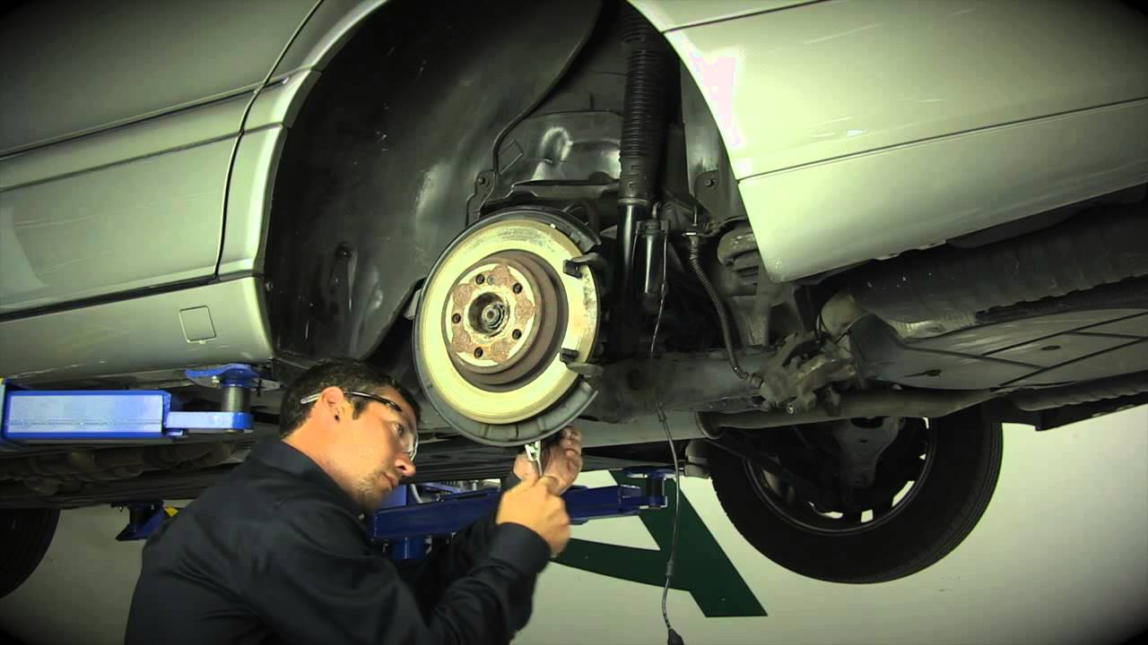 Arnott Rear Air Shock Removal and Replacet - YouTube