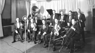 Nat Shilkret and His Orchestra - Dancing with Tears in My Eyes (1930)