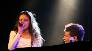 Te espero aquí - Pablo López y Camila Gallardo (Cádiz 10.04.16)