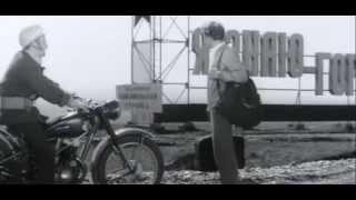 Прибытие С. Карасёва на стройку химкомбината в Молодёжном. Фрагмент из х/ф Ещё Можно Успеть (1974)