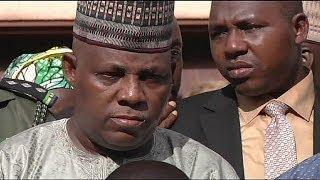 Nigéria: Famílias identificam 36 jovens raptadas