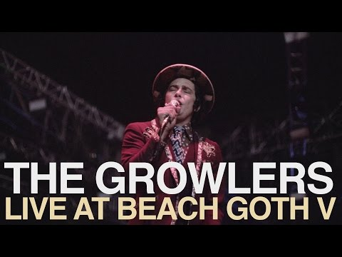 The Growlers - Naked Kids (Live At Beach Goth V 2016)