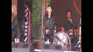 "SIX HOUR SUNDOWN - ""Rain on me""(Live@the Download 09/06/12)"
