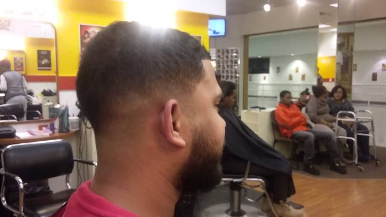 How to do a Dominican haircuts lineups - YouTube