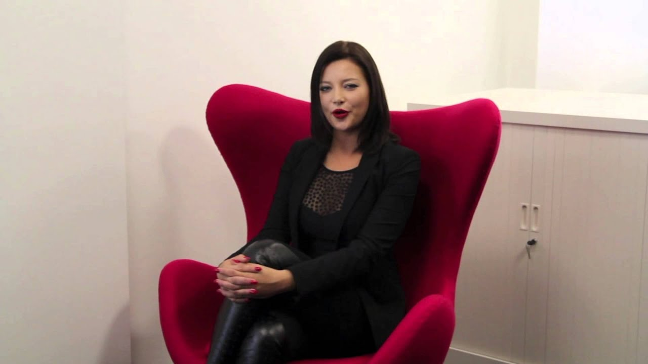 les livreurs invitent anna polina pour livres en t te 2013 youtube. Black Bedroom Furniture Sets. Home Design Ideas