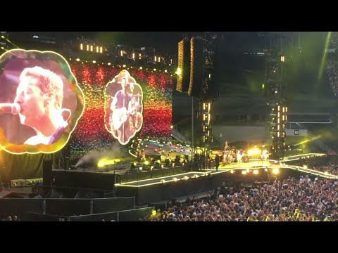 Coldplay Yellow Live At Stade De France 2017 | Paris, France