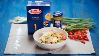 BARILLA SG - Fusilli Pasta Salad with Pesto, Chicken & Tomatoes